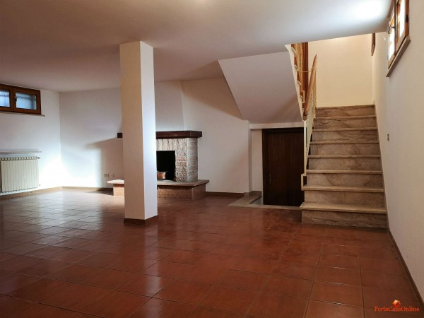 Casa indipendente in vendita a Forlì, Con giardino, 380 mq - Foto 6