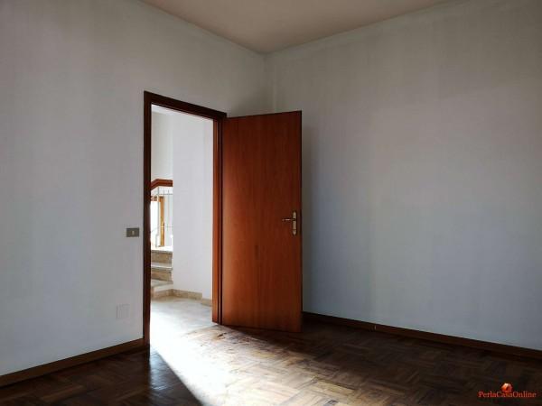 Casa indipendente in vendita a Forlì, Con giardino, 380 mq - Foto 9