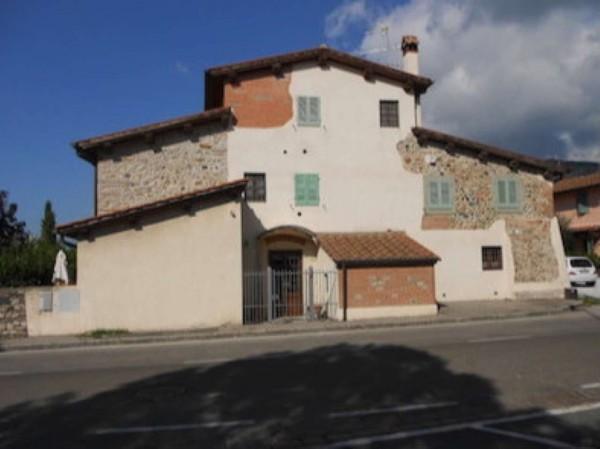 Appartamento in vendita a Prato, Maliseti, Con giardino, 178 mq