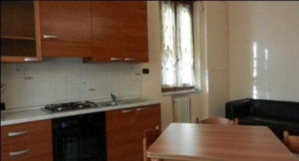 Appartamento in affitto a Rivoli, Arredato, 60 mq