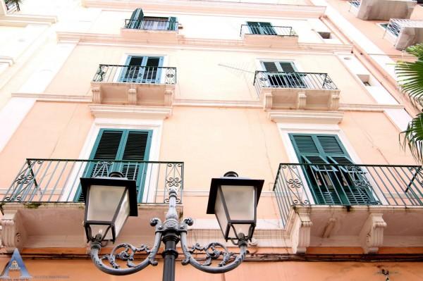 Appartamento in vendita a Taranto, 1 - Isola, Città Vecchia, Borgo, 85 mq