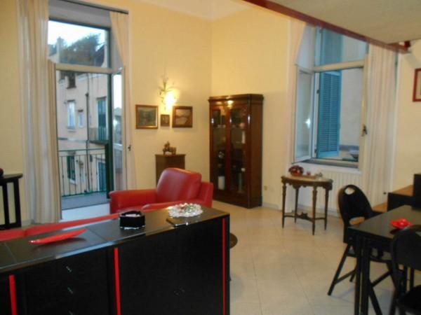 Appartamento in vendita a Napoli, 110 mq