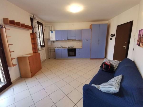 Appartamento in vendita a Spino d'Adda, Centro, Arredato, con giardino, 49 mq