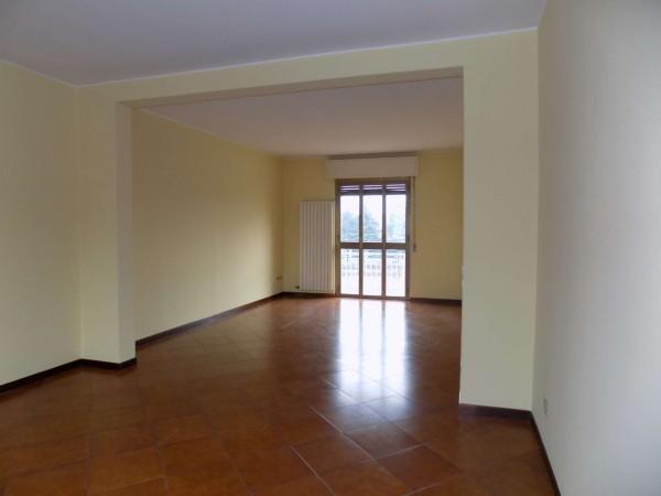 Appartamento in vendita a Senago, Adiacente S.s. Dei Giovi, Con giardino, 135 mq