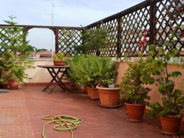 Appartamento in vendita a Roma, Ottavia, 60 mq