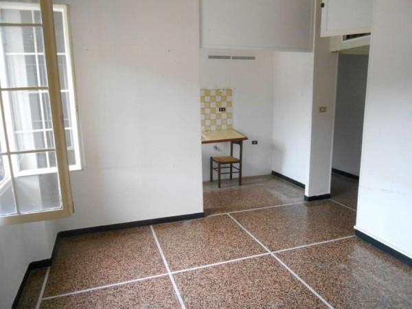 Appartamento in vendita a Genova, Sovrastante Via Struppa, 65 mq