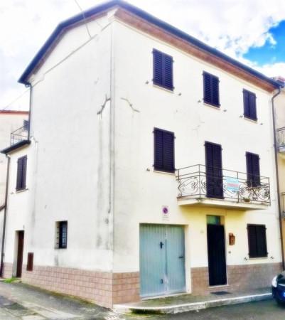 Appartamento in vendita a San Giustino, Lama, 120 mq