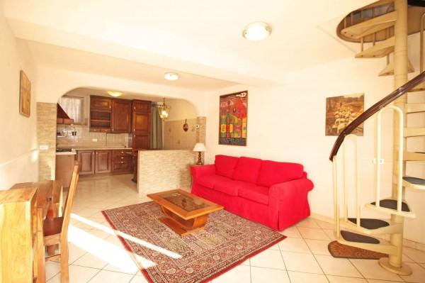 Casa indipendente in vendita a Vaprio d'Adda, Centro, Arredato, 70 mq