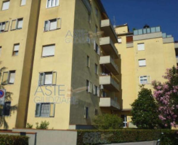 Appartamento in vendita a Prato, Badie, 28 mq
