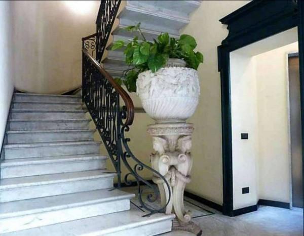 Appartamento in vendita a Milano, Conciliazione - Cattolica, Con giardino, 140 mq