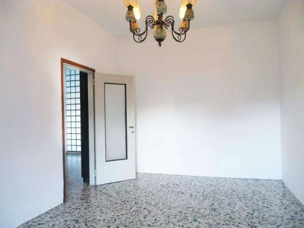 Appartamento in vendita a Milano, Milano S. Cristoforo, Con giardino, 80 mq