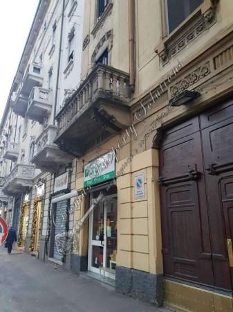 Locale Commerciale  in vendita a Milano, Viale Monte Nero, 80 mq