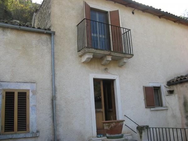 Villetta a schiera in vendita a Capestrano, Vallone, Con giardino, 185 mq