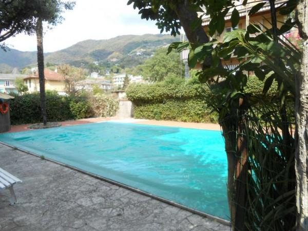 Appartamento in vendita a Rapallo, Adiacenze Via San Lazzaro, Con giardino, 58 mq