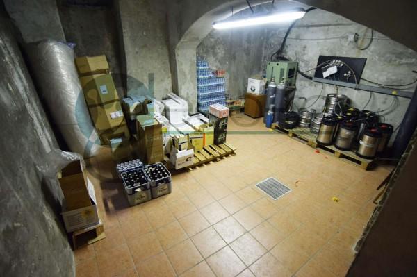 Locale Commerciale  in vendita a Parabiago, Arredato, 300 mq - Foto 9