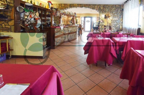 Locale Commerciale  in vendita a Parabiago, Arredato, 300 mq - Foto 18