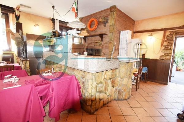 Locale Commerciale  in vendita a Parabiago, Arredato, 300 mq - Foto 17