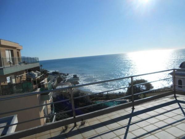 Appartamento in vendita a Genova, Priaruggia, 80 mq