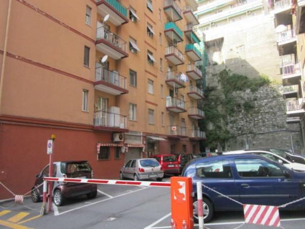 Appartamento in vendita a Genova, Oregina, 70 mq