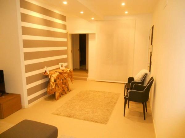 Appartamento in vendita a Chiavari, Centro Storico, 100 mq