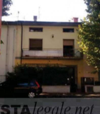 Appartamento in vendita a Prato, Narnali, 112 mq