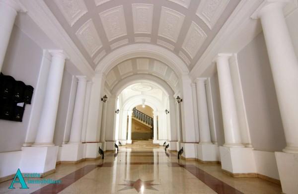 Appartamento in vendita a Taranto, Centrale, 244 mq