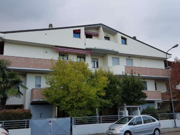Appartamento in vendita a Forlì, Parco Buscherini, Arredato, con giardino, 80 mq