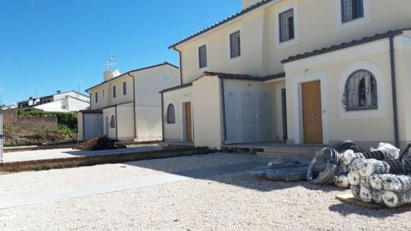 Villetta a schiera in vendita a Formello, Le Rughe, Con giardino, 120 mq