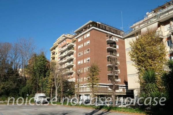 Appartamento in vendita a Roma, Quartiere Africano, Arredato, con giardino, 161 mq