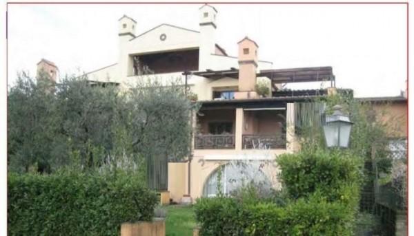 Villa in vendita a Castel Gandolfo, 95 mq