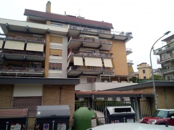 Appartamento in vendita a Roma, Massimi, 70 mq
