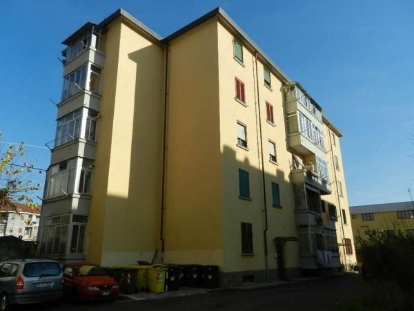 Appartamento in vendita a Venaria Reale, Centrale, Con giardino, 80 mq
