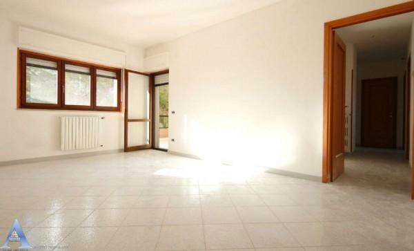 Appartamento in vendita a Taranto, 3 - San Vito, Carelli, Talsano, San Donato, 110 mq