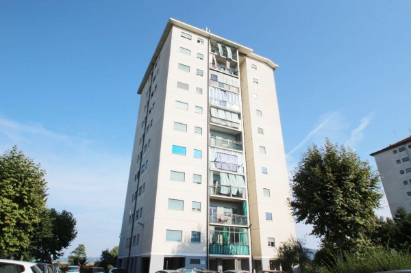 Appartamento in vendita a Torino, Falchera, 130 mq
