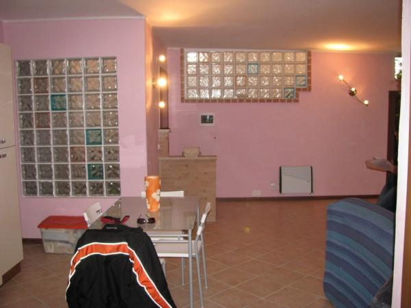 Appartamento in vendita a Palombara Sabina, Palombara Sabina, 57 mq