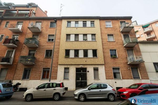 Appartamento in vendita a Milano, Con giardino, 77 mq
