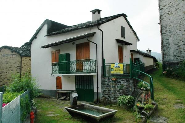Casa indipendente in vendita a Viù, Centro, 80 mq