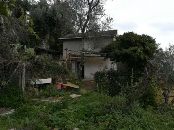 Rustico/Casale in vendita a Rapallo, Con giardino, 60 mq
