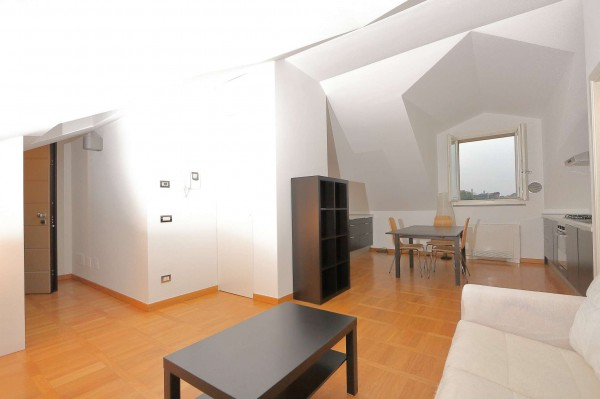 Appartamento in affitto a Milano, Porta Genova, Darsena, Arredato, 90 mq