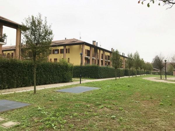 Appartamento in vendita a San Giuliano Milanese, Parco Sud, Con giardino, 105 mq
