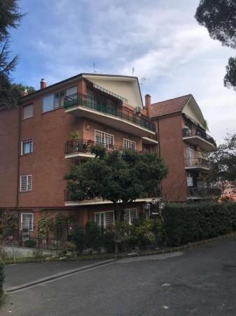 Appartamento in vendita a Roma, Cassia Case E Campi, Con giardino, 150 mq