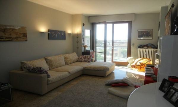 Appartamento in affitto a Milano, Moscova, Arredato, 110 mq