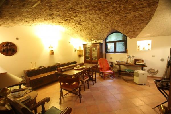 Quadrilocale in vendita a Ozzano dell'Emilia, Mercatale, 120 mq