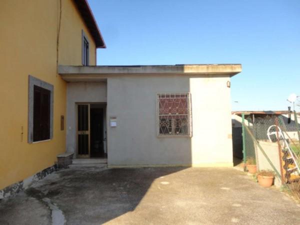 Appartamento in vendita a Pomezia, Castagnetta, Arredato, con giardino