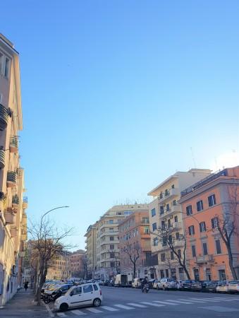 Negozio in vendita a Roma, Re Di Roma, 35 mq - Foto 1