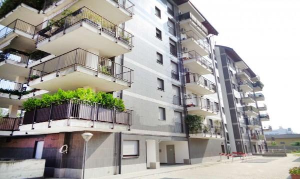 Appartamento in vendita a Milano, Rogoredo, 55 mq