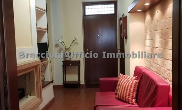 Appartamento in affitto a Trevi, Centro, 50 mq