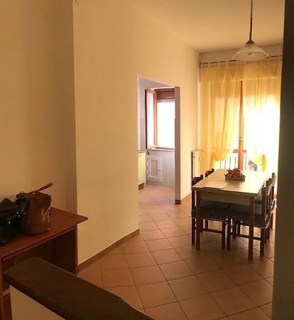 Appartamento in vendita a Imperia, 60 mq