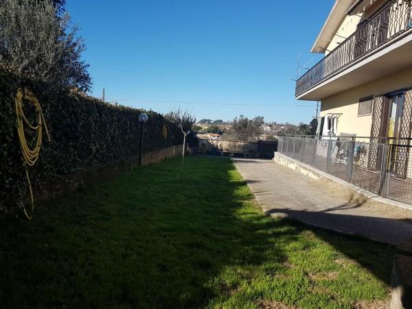 Appartamento in vendita a Formello, Con giardino, 170 mq