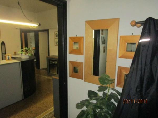 Appartamento in vendita a Genova, Foce, 110 mq
